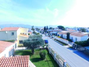 Apartamento Freser, Apartments  Empuriabrava - big - 15