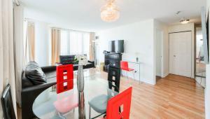 Canada Suites on Bay, Ferienwohnungen  Toronto - big - 6