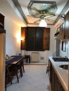 Casa Femas, Apartmanok  Firenze - big - 12