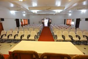 Hotel Theni International, Hotel  Theni - big - 13