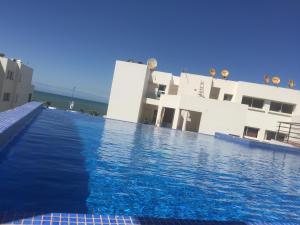 App Jumeira Beach, Appartamenti  Dar Bouazza - big - 1