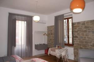 Romantic Room, Апартаменты  Агрополи - big - 8