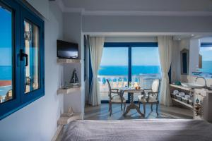 Pyrgos Blue, Aparthotels  Malia - big - 6