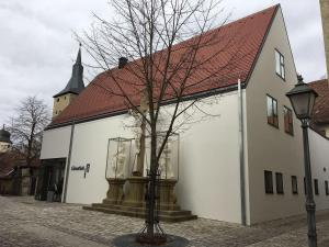 Die Gönothek - Ferienwohnungen, Апартаменты  Ипхофен - big - 96