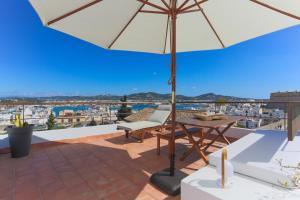 Apartamentos Xereca - Dalt Vila III, Case vacanze  Ibiza città - big - 1