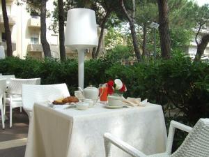 Hotel Morotti, Szállodák  Misano Adriatico - big - 42