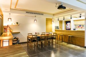 East Blue Guesthouse Zhujiajian, Guest houses  Zhoushan - big - 14