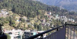 House in Dharamshala near Dalai's Abode, Homestays  Dharamshala - big - 1