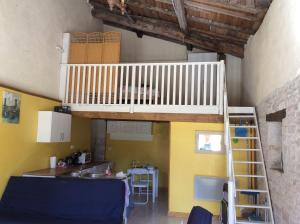 Le Petit Bijou, Bed & Breakfast  Saint-Fraigne - big - 6