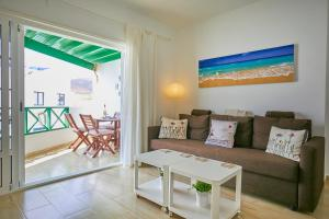 Casa Gaviota, Holiday homes  Arrieta - big - 4