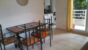 Le Felicita, Апартаменты  Кань-сюр-Мер - big - 13