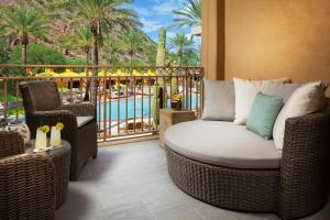 The Canyon Suites at The Phoenician, a Luxury Collection Resort, Scottsdale, Resorts  Scottsdale - big - 9