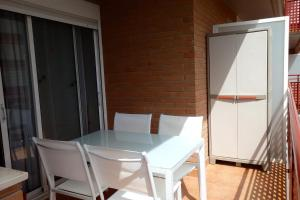 Apartamento Kursal, Apartmanok  Miami Platja - big - 15
