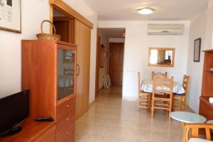 Apartamento Kursal, Apartmanok  Miami Platja - big - 17