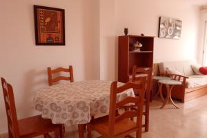 Apartamento Kursal, Apartmanok  Miami Platja - big - 19