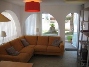 Les Palmeres, Апартаменты  Эмпуриабрава - big - 8