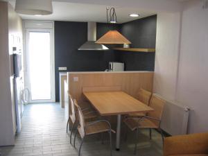 Les Palmeres, Апартаменты  Эмпуриабрава - big - 1