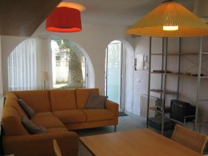 Les Palmeres, Апартаменты  Эмпуриабрава - big - 9