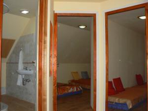 Várvölgy szálláshely, Guest houses  Drégelypalánk - big - 6
