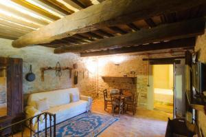 Tenuta Sant'Apollinare, Дома для отпуска  Mondaino - big - 24