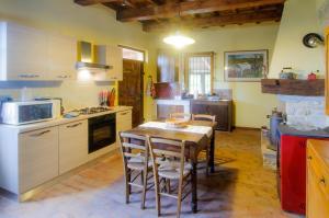 Tenuta Sant'Apollinare, Дома для отпуска  Mondaino - big - 67