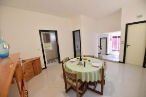 Villa Silvana, Апартаменты  Сельва-ди-Фазано - big - 28