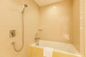 Huanqiu 188 International Apartment, Apartments  Suzhou - big - 4