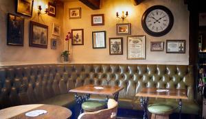 The Red Lion Inn, Penziony – hostince  Holmfirth - big - 27
