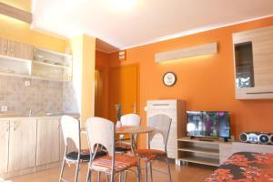 Studio apartment Orange & Sunny