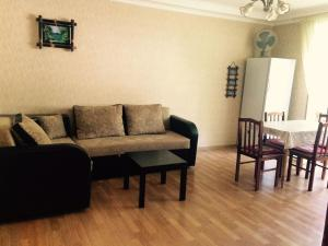 Apartment on Abazgaa, Apartments  Gagra - big - 4