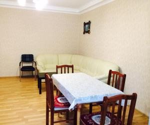 Apartment on Abazgaa, Apartmanok  Gagra - big - 11