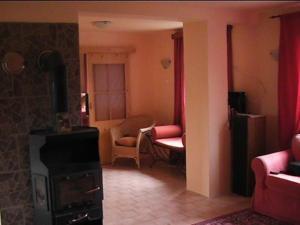 Waterside Retreat, Holiday homes  Zadní Třebaň - big - 4