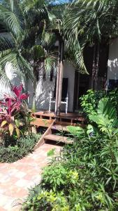 Roatan Backpackers' Hostel, Hostelek  Sandy Bay - big - 50