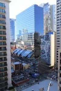 Melbourne Chinatown and Theatre District Apartment - Melbourne CBD, Victoria, Australia