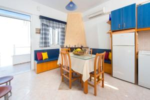 Sunny Beach, Holiday homes  Archangelos - big - 3