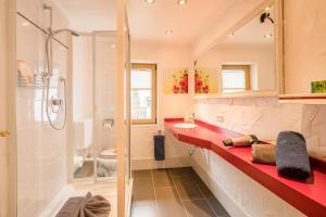 Ferienhotel Sonnenheim, Aparthotels  Oberstdorf - big - 5