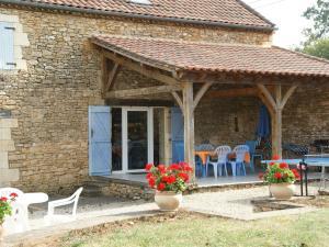 Maison De Vacances - Besse 3, Case vacanze  Saint-Pompont - big - 6