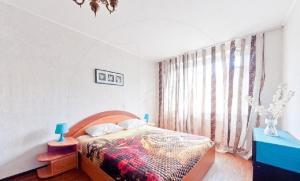 Apartments on Nastavnikov 28/2