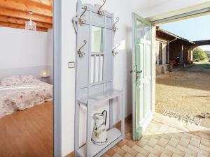 St Caprais, Holiday homes  Villefranche-du-Périgord - big - 2