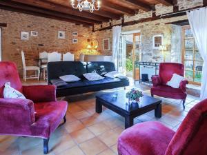 St Caprais, Holiday homes  Villefranche-du-Périgord - big - 4