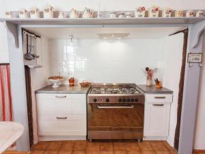 St Caprais, Holiday homes  Villefranche-du-Périgord - big - 8