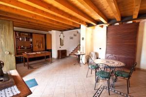 Casale Manzoni, Appartamenti  Verona - big - 47