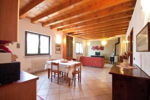 Casale Manzoni, Appartamenti  Verona - big - 38