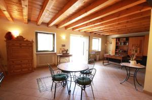 Casale Manzoni, Appartamenti  Verona - big - 45