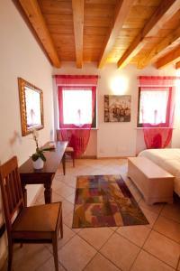 Casale Manzoni, Appartamenti  Verona - big - 43
