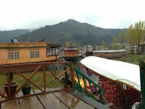 City Of Kashmir, Отели  Сринагар - big - 5