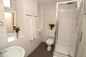 Apartments Rose & Sonnenblume, Ferienwohnungen  Berlin - big - 32