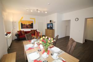 Apartments Rose & Sonnenblume, Ferienwohnungen  Berlin - big - 12