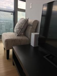 iHost Suites Ice Condo, Apartments  Toronto - big - 16