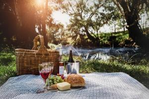 Evanslea Luxury Boutique Accommodation, Holiday homes  Mudgee - big - 8